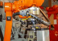 ABB IRC5 Schulungsroboter mit Schunk Docksystemen