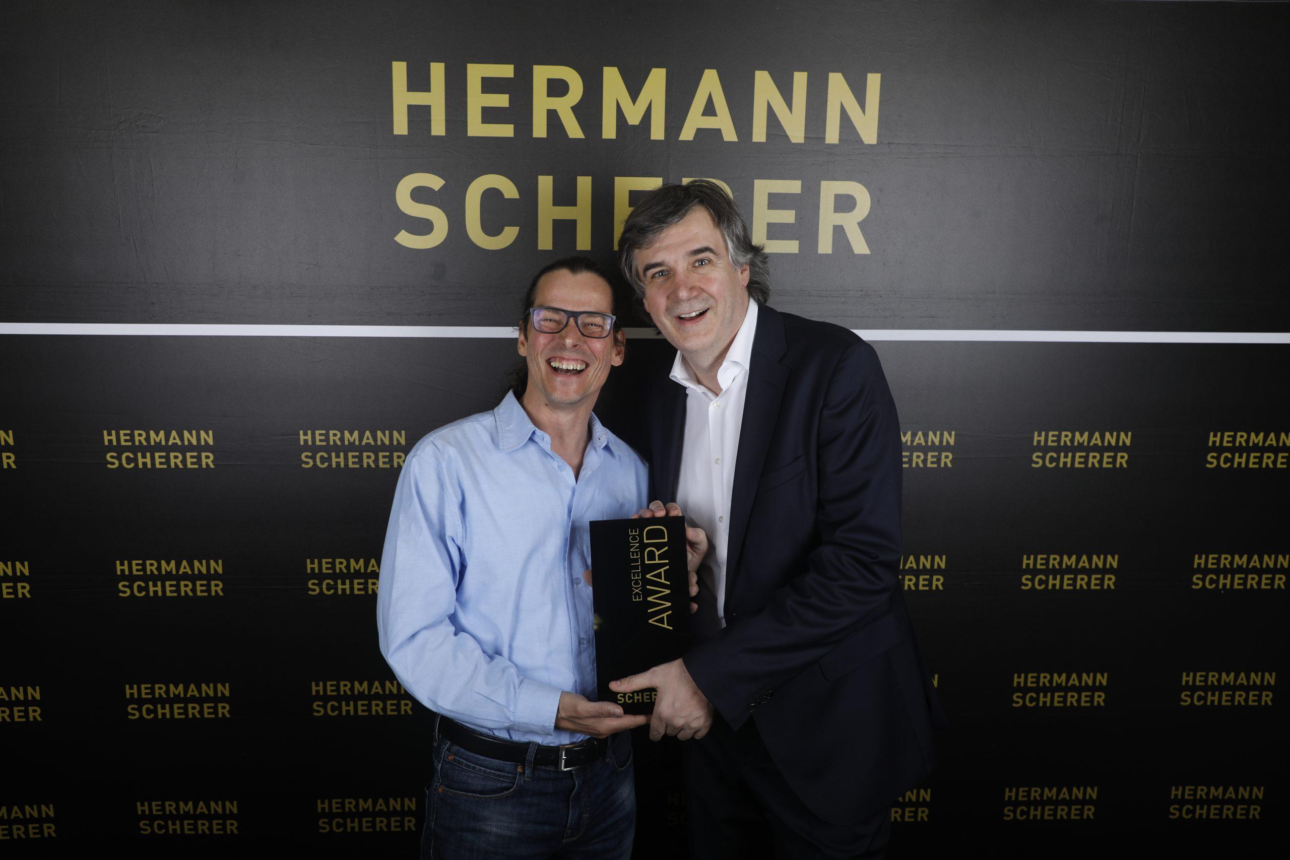 Werner Hampel holt Weltrekord nach Mainburg