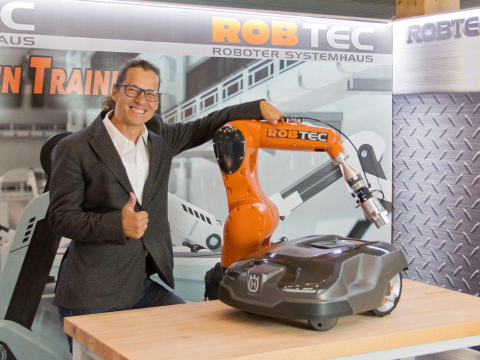 Robot Mentor